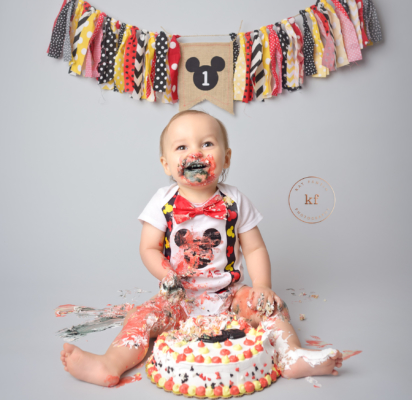 cake_smash_boy_north_branch_photography_studio_kat_fantin_mickey_mouse